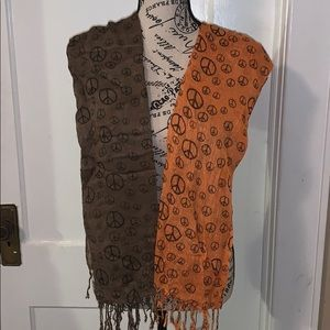 2 peace sign scarf